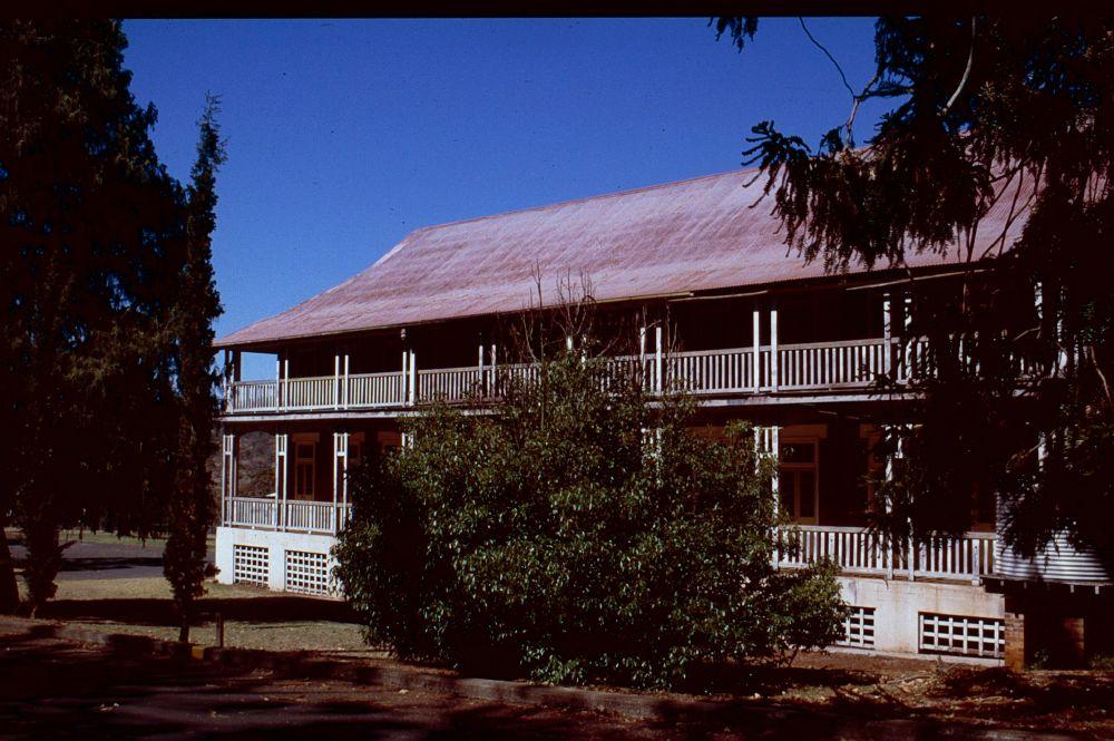 Baillie Henderson Hospital (1994)